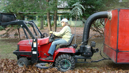 Peggi driving leaf picker upper