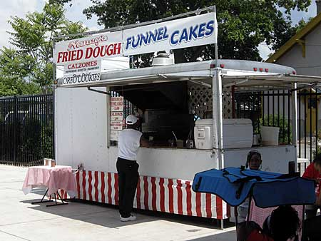Funnel Cakes, the perfect summer food