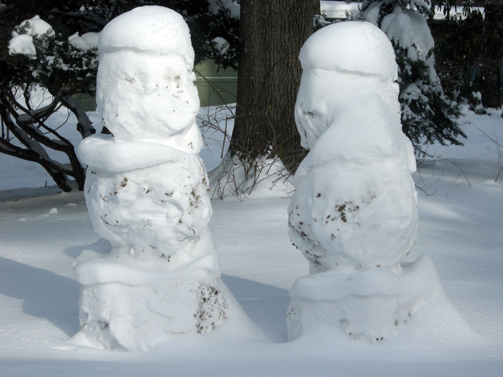 Snowmen Royalty meet in our front yard
