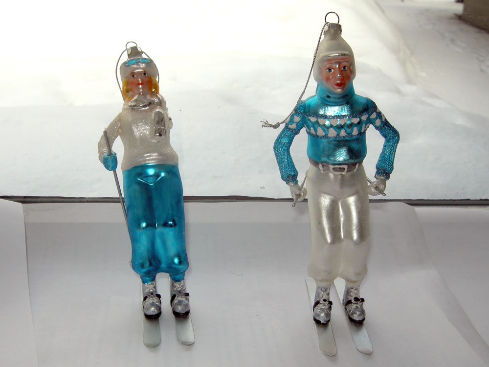 Skiing Couple ornaments