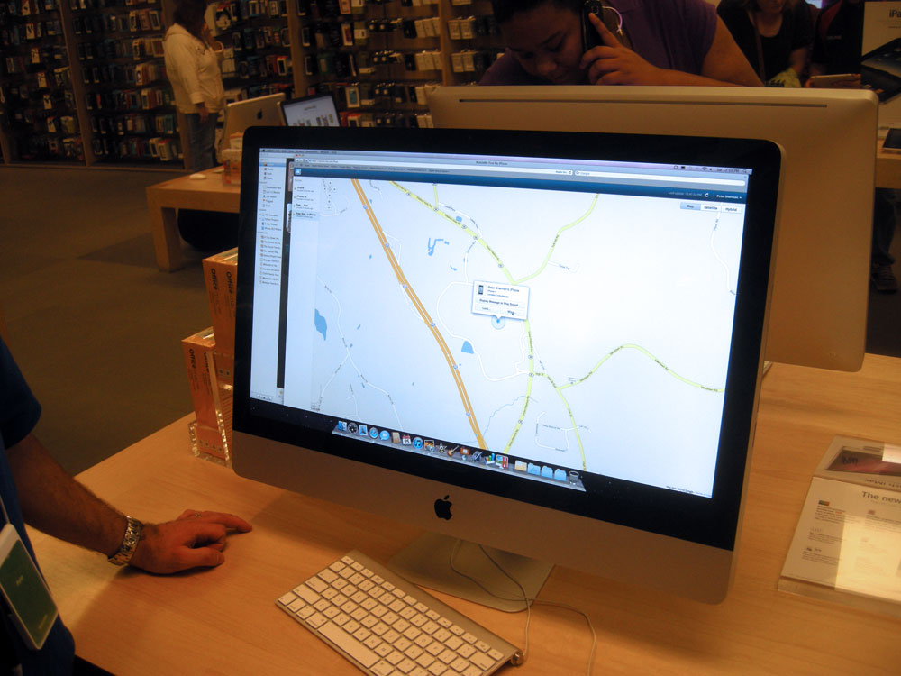 """Peter Sherman demonstrating the """"Finding the Phone"""" feature at the Apple Store in Rochester, NY"""