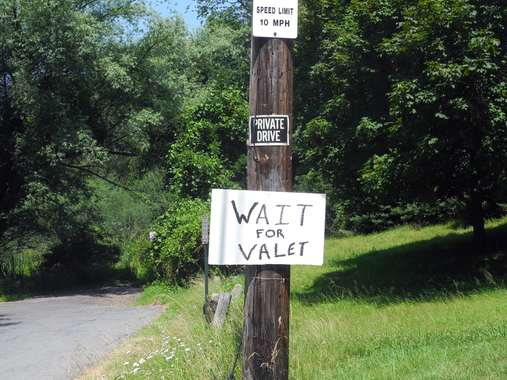 Wait For Valet Sign in Rochester, New York