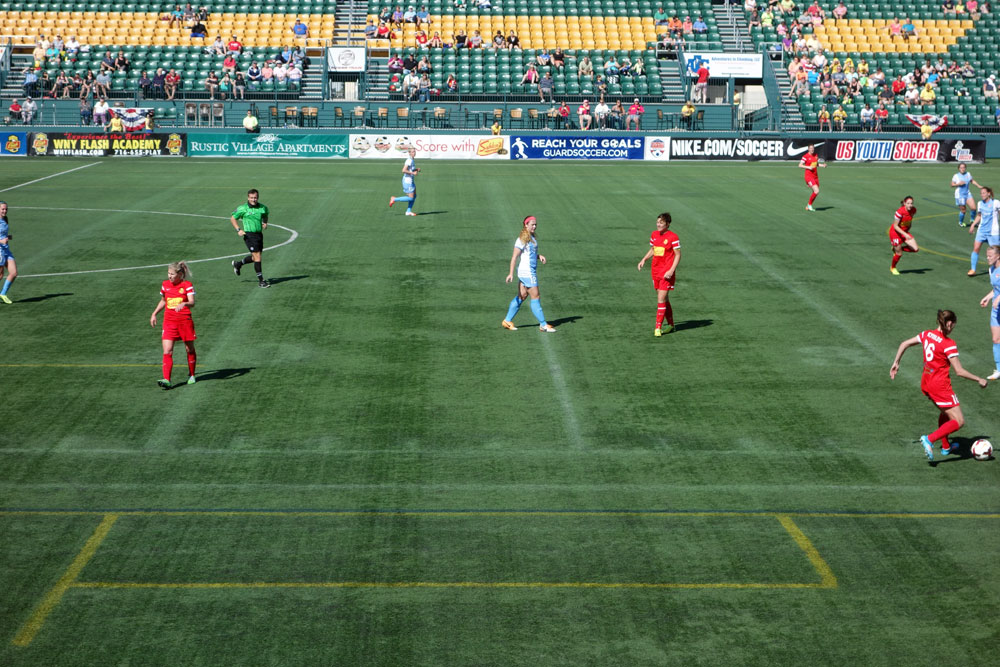 Abby Wambach scores 2 goals on Sunday for WNY Flash