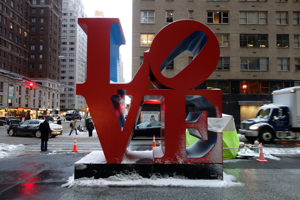 Robert Indiana Love sculpture in midtown Manhattan