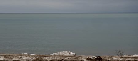 Subtle Lake Ontario colors in winter