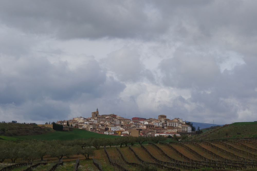 Walking to town of Cirauqui Spain