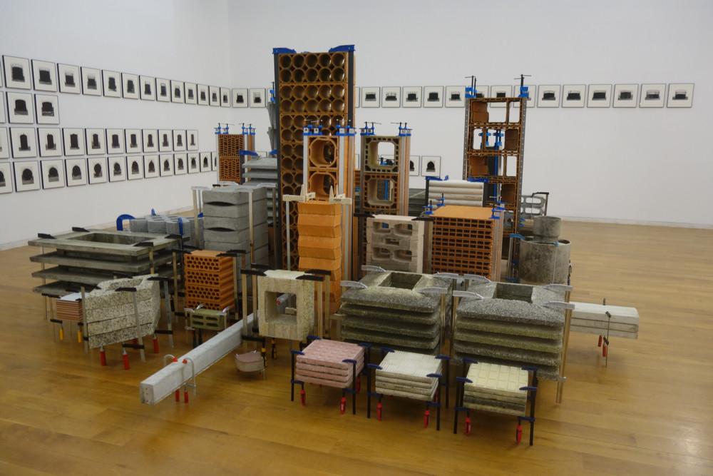 """Centro Galego de Arte Contemporánea group show of young artists from Galicia entitled, """"En Constructión."""""""