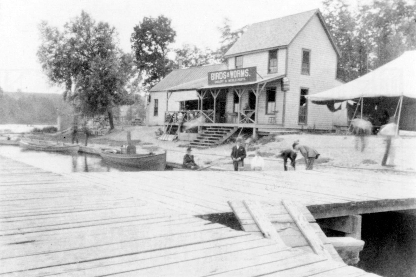 Birds and Worms club on the shore of Irondequoit Bay where Fish and Game Club is today.
