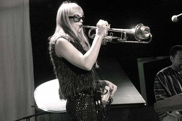 Saskia Laroo performing at the 2007 Rochester International Jazz Festival