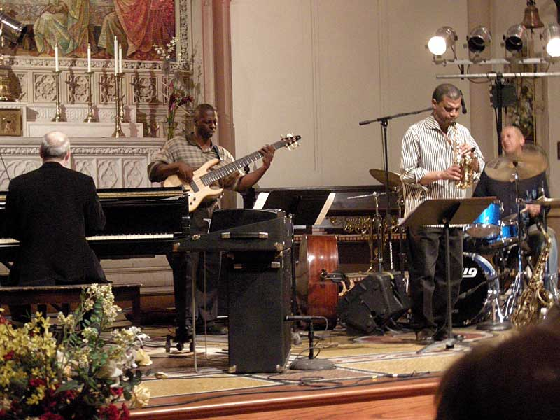 Jae Sinnett Quartet performing at the 2008 Rochester International Jazz Festival