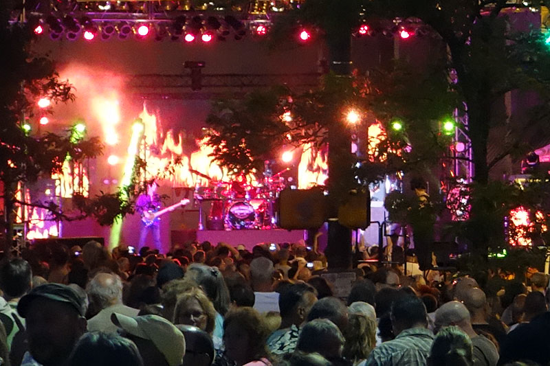 George Thorogood performing at the 2014 Rochester International Jazz Festival