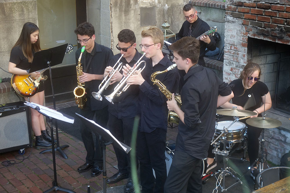 Eastman students in Belgium Beer Garden performing at the 2019 Rochester International Jazz Festival