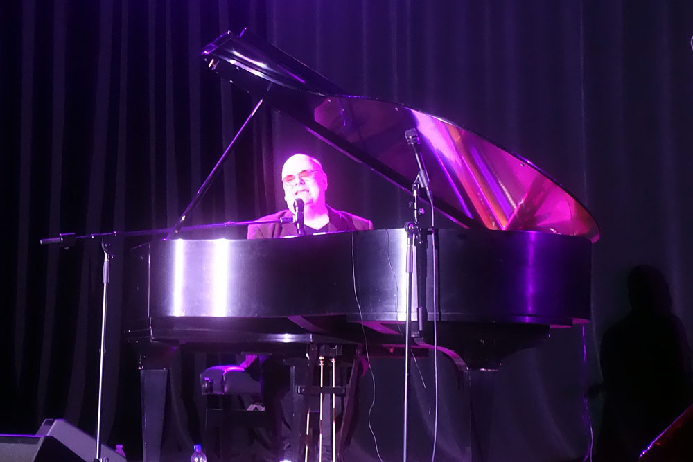 Ian Shaw performing at the 2019 Rochester International Jazz Festival