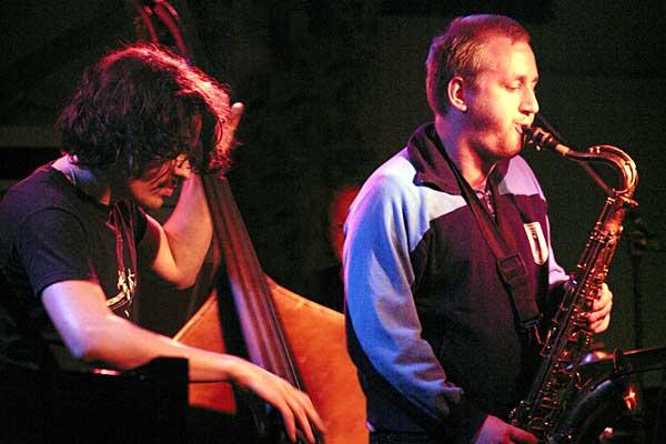 Jonas Kullhammer performing at the 2004 Rochester International Jazz Festival