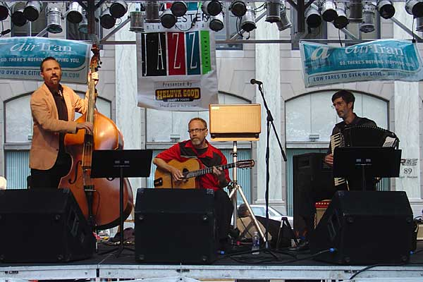 Lumiere performing at the 2005 Rochester International Jazz Festival