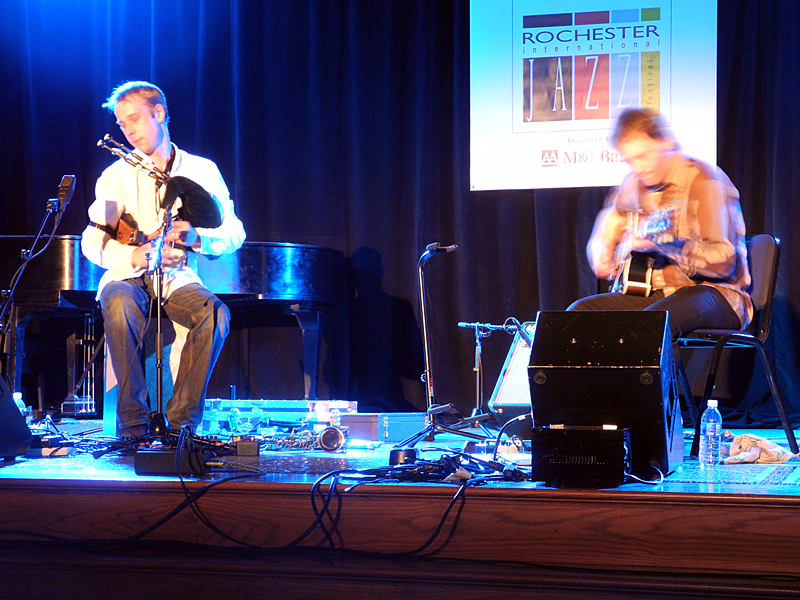 Fraser Fyfield & Graeme Stephen performing at the 2011 Rochester International Jazz Festival
