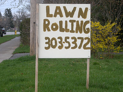 LAwn Rolling Gold sign