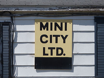 Mini City sign