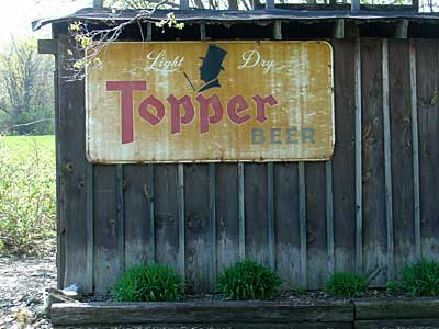 Topper Beer Sign