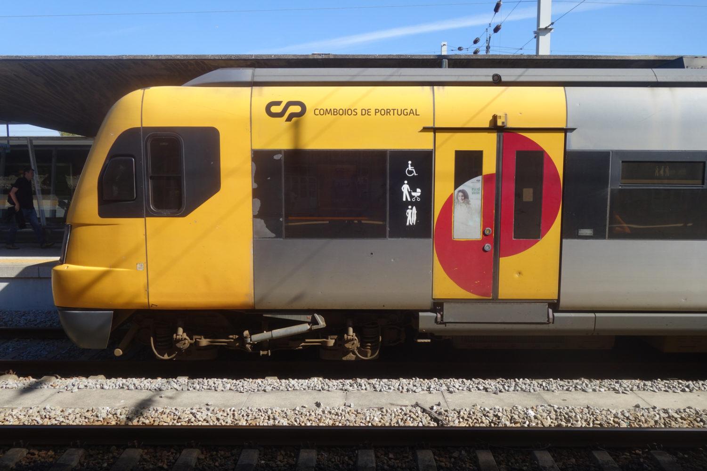 Train to Porto from Lisboa