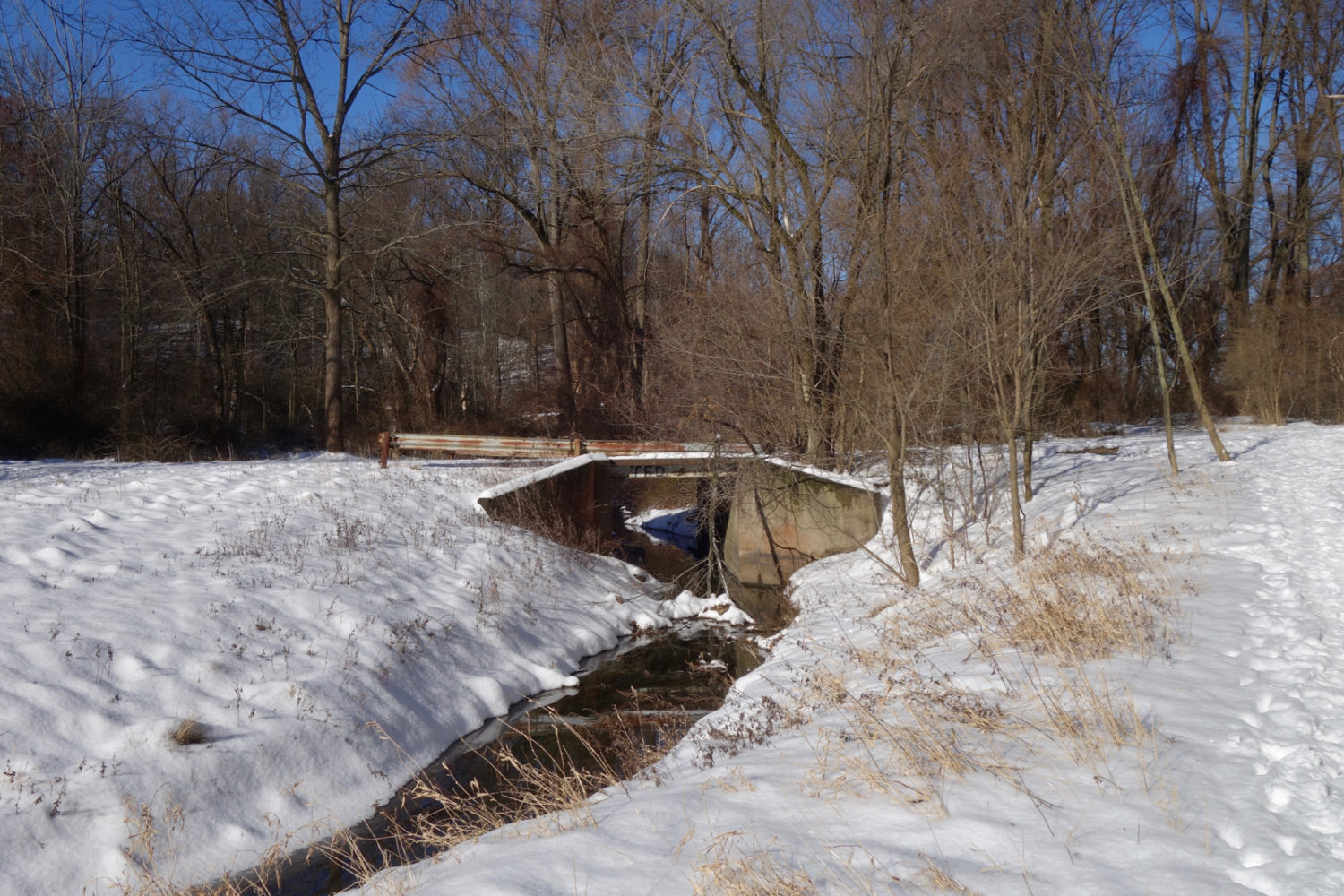 Bridge over Horseshoe Road in Winter.