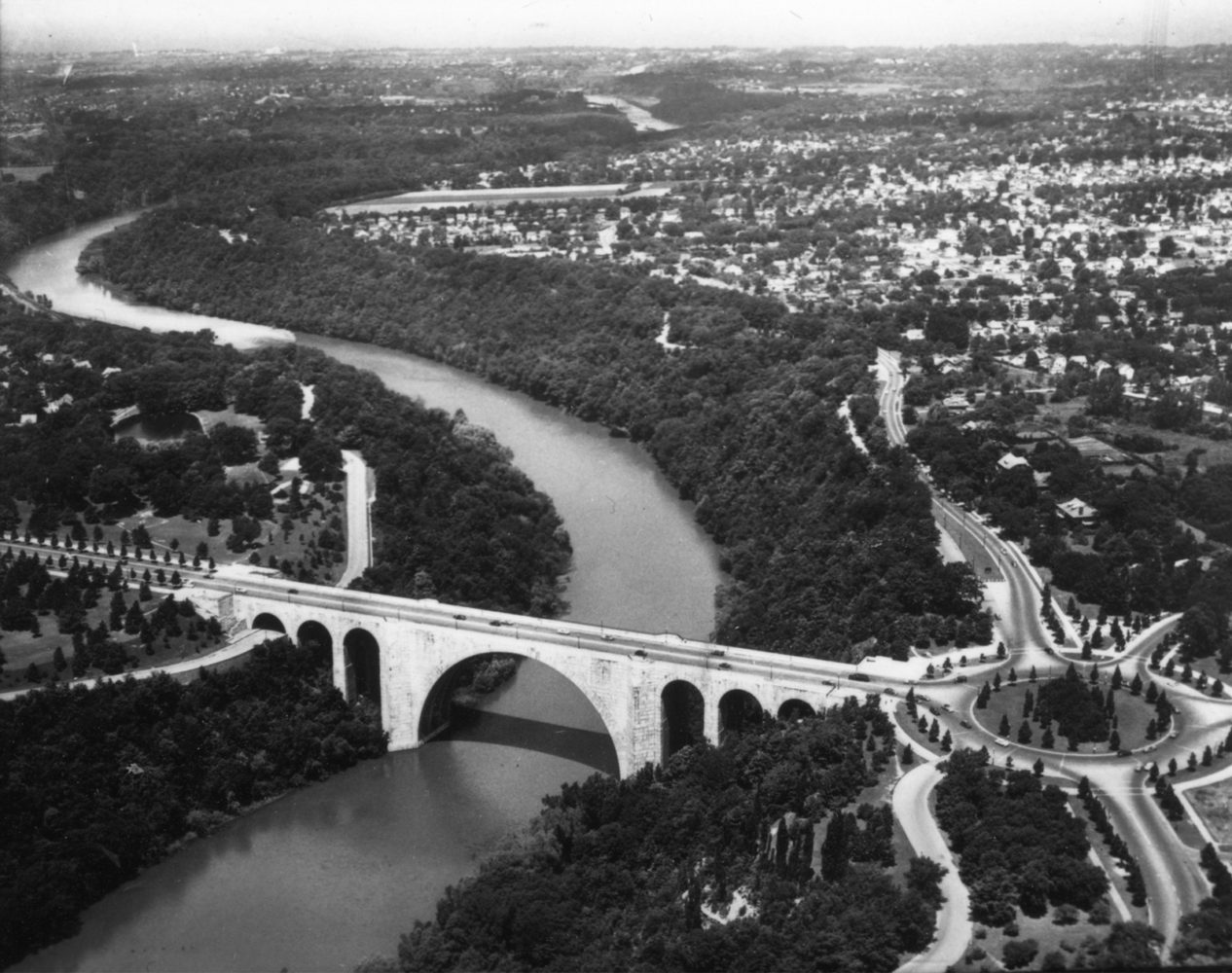Aerial view of Veterans Memorial Bridge with traffic circle on Saint Paul Boulevard in Rochester, New York - photo from City of Rochester