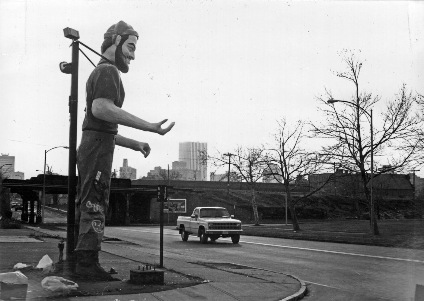 Big guy on the corner of Portland Avenue and Hudson - photo by Paul Dodd 1976
