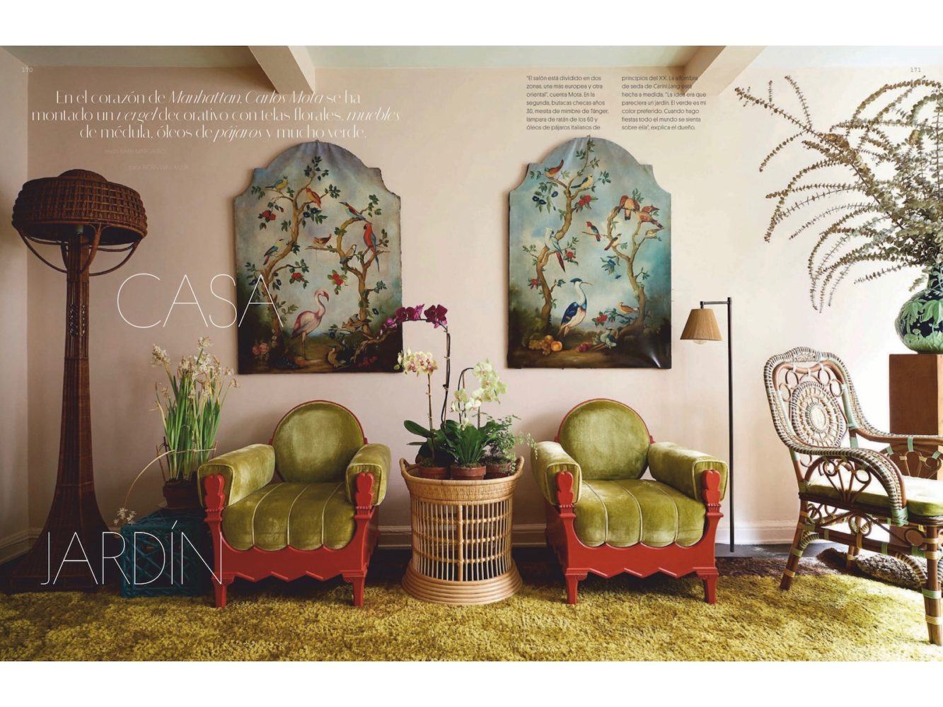 Spread from September issue of AD España