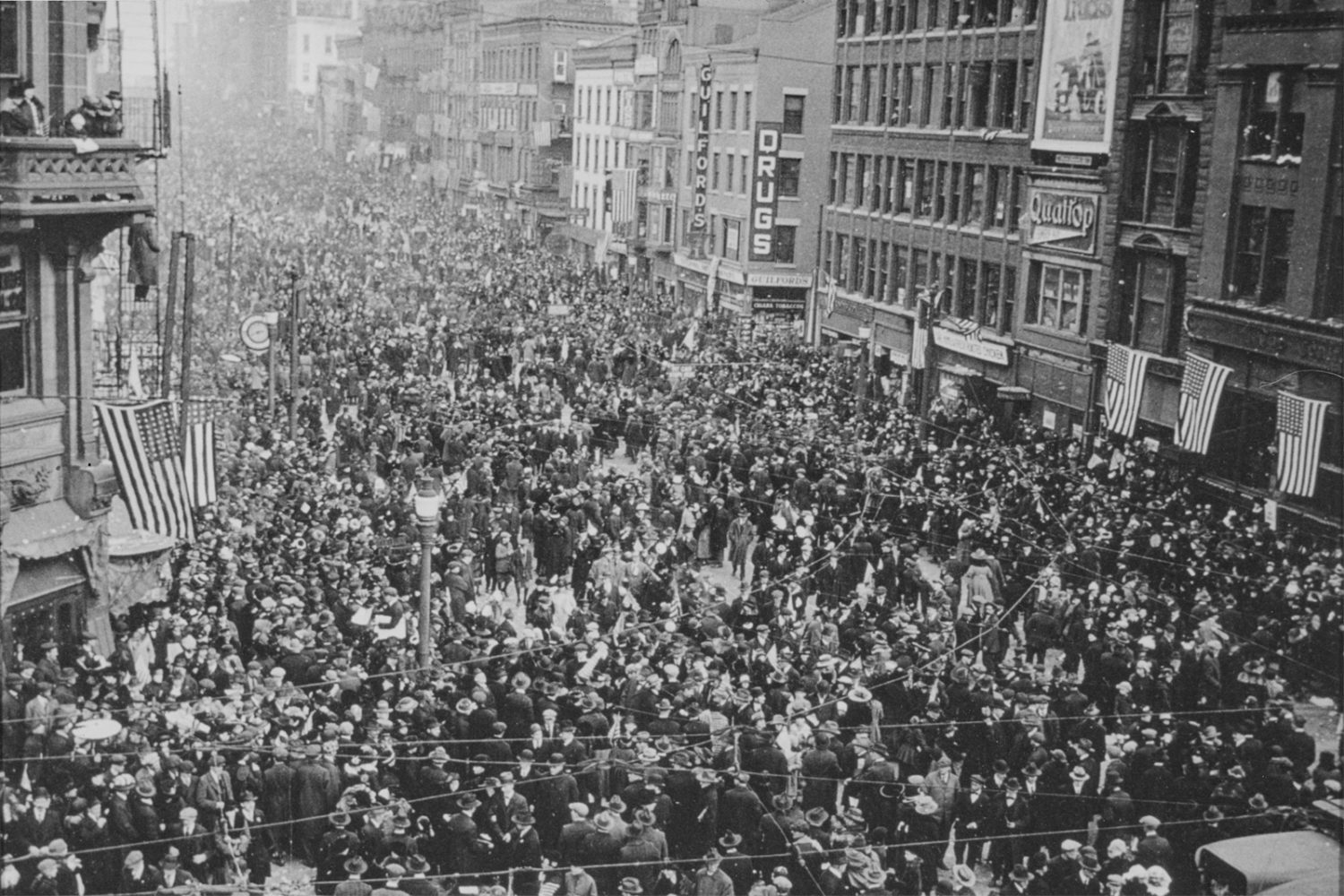 Rochester residents celebrate the end of World War I on Armistice Day, Nov. 11, 1918. – photo from City of Rochester