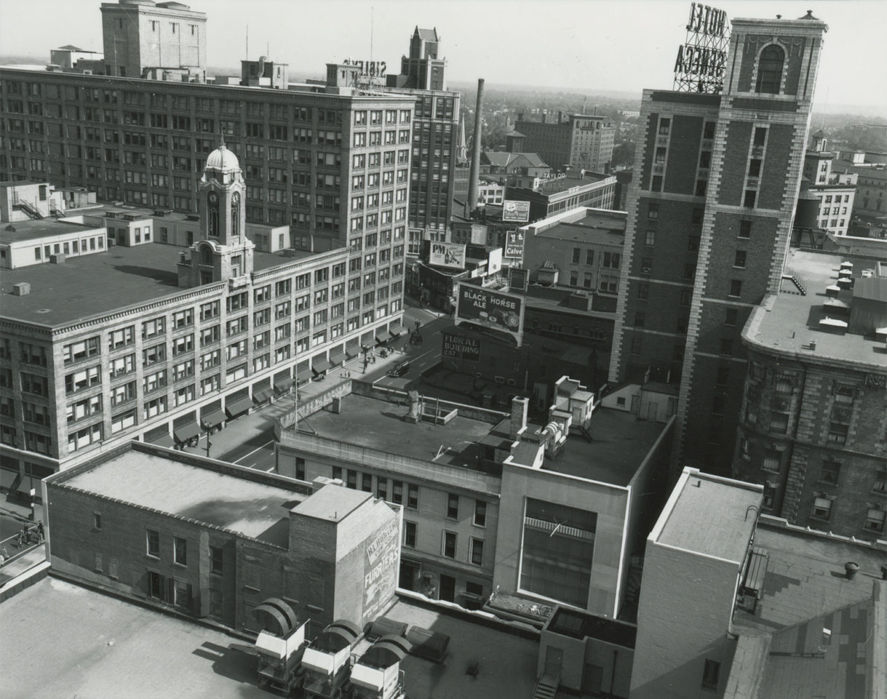 Main Street from Lincoln Rochester Building, now the Metropolitan – photo from City of Rochester