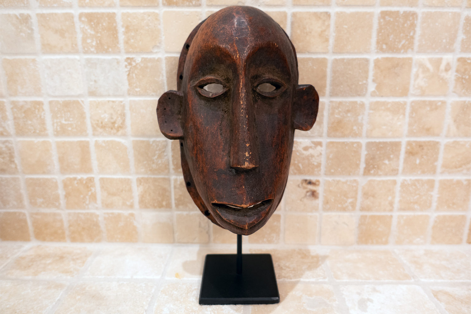 Wooden Makonde mask from Mozambique