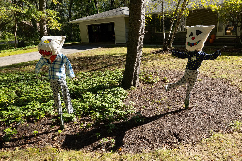 Wisner Road Halloween puppets